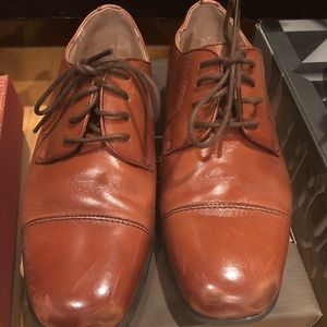 Boys dress shoes-size 3